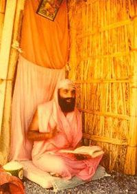 Swami Dayananda (1930-2015)