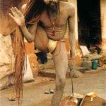 Sadhu, asceta yogin que renunciou à vida em sociedade