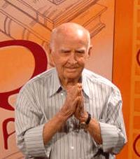 Professor Hermógenes (1921-2015) no programa Sempre Um Papo, de Belo Horizonte (MG), em 3 de abril de 2009