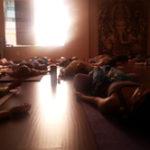 Yoganidra em aula do Prof. Cristiano Bezerra no Espaço Respire em 17 de janeiro de 2015. Foto por Cristiano Bezerra.